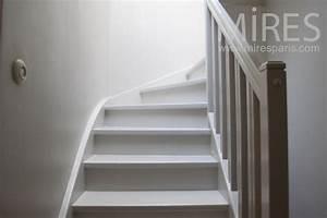 Escalier Bois Blanc : escalier de bois blanc c1016 mires paris ~ Melissatoandfro.com Idées de Décoration
