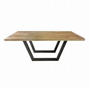 Esstisch Metallgestell Holzplatte : design esstisch mit untergestell aus metall und massiver holzplatte ~ Markanthonyermac.com Haus und Dekorationen