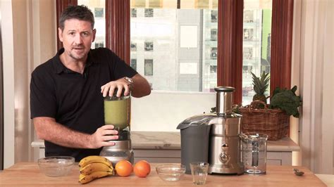 How to Make a Healthy Mean Green Smoothie with Joe Cross ...
