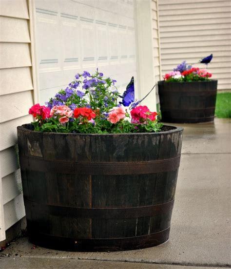 amazing  budget diy flower pots   backyard