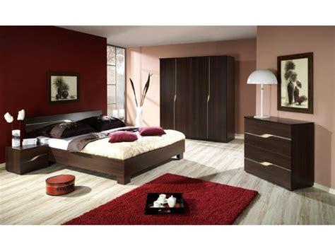 decoration chambres a coucher adultes photo d 233 co chambre adulte weng 233