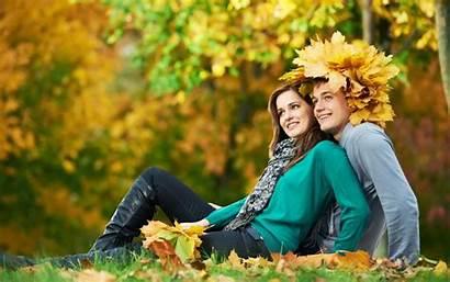 Romantic Couples Wallpapers Couple Smiling Lap Background