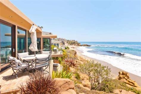 The Beautiful Laguna Beach Oceanfront Villa In California Living Room Lighting Guide Interior Design False Ceiling Home Formal Ideas Minimalist No Couch Sale Wall Colors To Match Brown Furniture Awkward Floor Plan