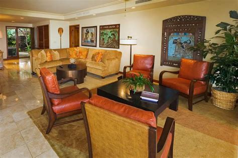 20 Tropical Home Decorating Ideas, Charming Hawaiian Decor