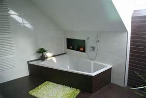Badezimmer Mit Schräge : badezimmer fliesen gerald ~ Lizthompson.info Haus und Dekorationen