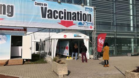 Au centre de vaccination de Bierset, les jeunes aux études ...