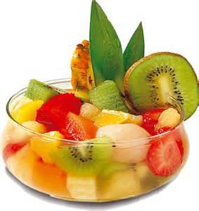 dessert fruit de saison un dessert simple une salade exotique de fruits frais le de domi