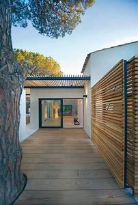 les 25 meilleures idees de la categorie palissades bois With amenager une entree exterieure de maison 3 terrasse en bois 3 conseils pour faire le bon choix