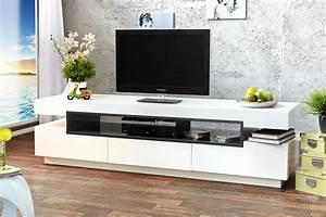 Meuble De Tele Design : meuble bas tv design banc tv en bois objets decoration maison ~ Teatrodelosmanantiales.com Idées de Décoration