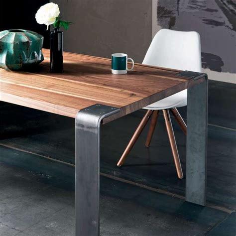 table bois massif table design industriel en bois massif et m 233 tal siviglia 4 pieds