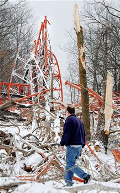 tv station tower collapses  western wisconsin