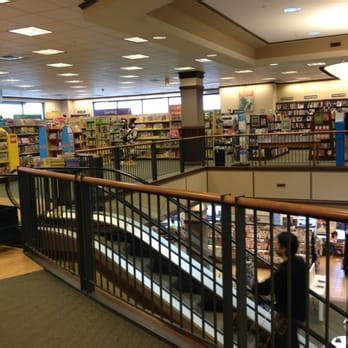 Barnes And Noble Waltham Ma by Barnes Noble Booksellers 36 Photos 58 Reviews