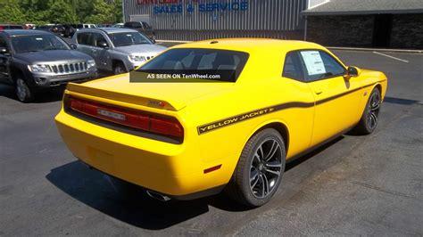 2018 Dodge Challenger Srt8 Yellow Jacket Stinger Yellow