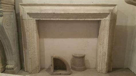 camino pietra camino antico in pietra a cornicione antiquariato su