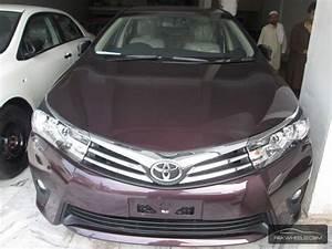 Toyota Corolla Altis Grande CVT-i 1.8 2014 for sale in ...