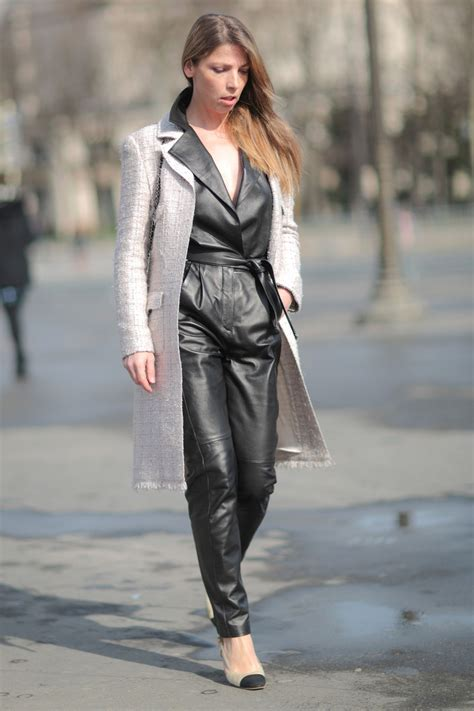 spring  shoe trend chanel cap toe slingback street style inspiration glamour
