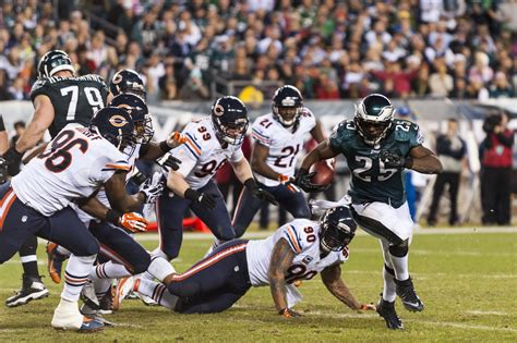 Eagles Bears eagles chase division crown bears   questions 2942 x 1961 · jpeg