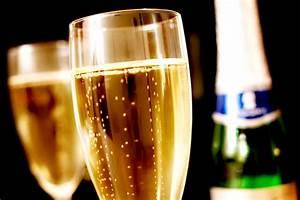 Image Champagne Anniversaire : des tiquettes de bouteilles de champagne personnalis es ~ Medecine-chirurgie-esthetiques.com Avis de Voitures