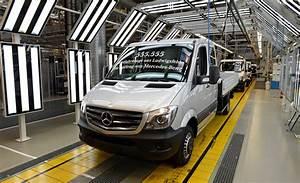 Daimler Event App : daimler renault to build 1 billion assembly plant in ~ Kayakingforconservation.com Haus und Dekorationen