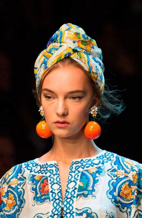 Style Tips: How to Wear Head Scarves?   Fashion & Wear ...