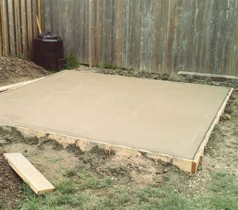 Backyard Concrete Slab by How To Pour A Concrete Pad For A Shed Backyard Ideas