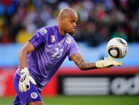 10 Penjaga Gol Terbaik Sepanjang Piala Dunia 2014