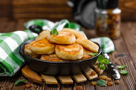 Biezpiena pankūkas (Сырники) | Receptes