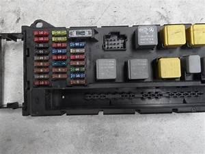 Used Mercedes Sprinter 3 5t  906 63  315 Cdi 16v Fuse Box - A9065450401