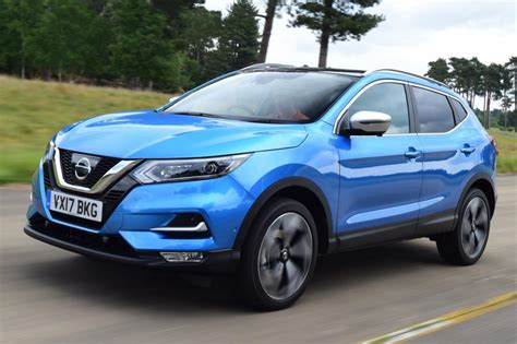 nissan qashqai  uk review pictures auto express
