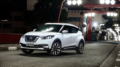nissan kicks sl    review car magazine