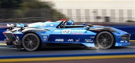 La bugatti 251 est un moteur à combustion interne alternative aspiré otto cycle concurrentiel, faite par maison française de participer à championnat du monde de formule 1 pendant les années 50. Speedster正夯!Bugatti Type 251 EVO亮相! | SUPERMOTO8