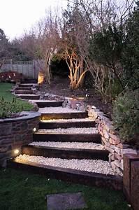 amenagement exterieur les marches de jardin en 20 photos With escalier terrasse exterieur jardin