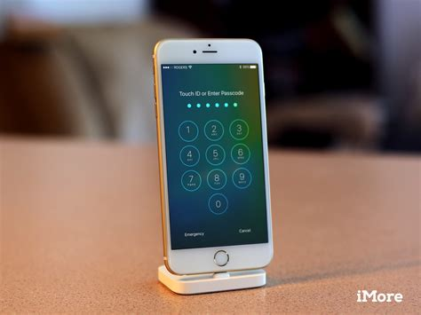 iphone lock how to use the home screen and lock screen on your iphone