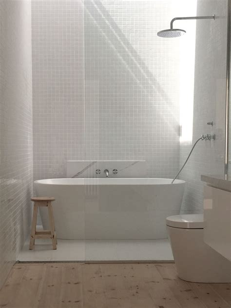 White Bath by Bathroom Gloss White 30x30 Tiles Matt White 600 X