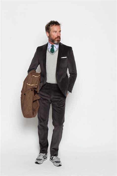 Abbigliamento Ufficio Abbigliamento Ufficio Uomo Maglione Cravatta Cerca Con