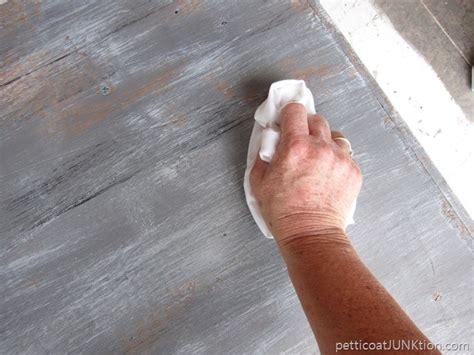 weathered wood gray finish tutorial