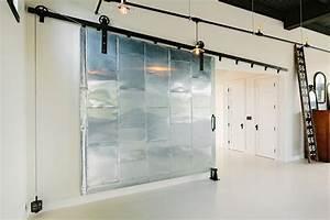 porte coulissante design creant des ambiances dinterieur With porte coulissante style industriel