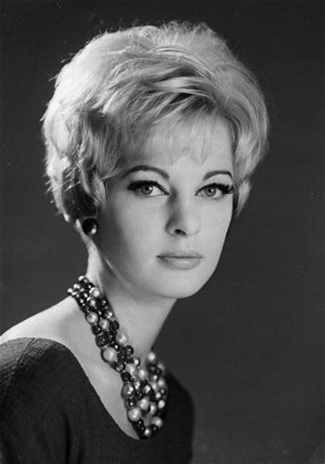 1960s hair style 60 best images about 1960 1969 hats hair styles on 1588