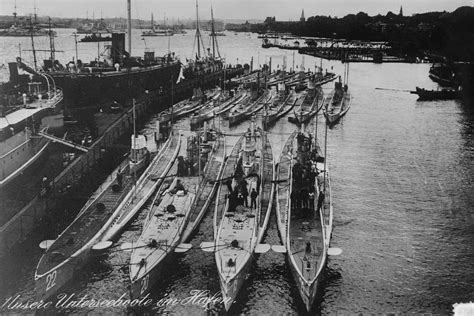self kitchen sinks pig boat deluxe u boats at kiel on 17 feb 1914 front row 5117