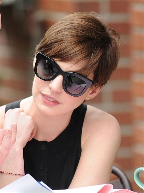 Short Hairstyles: Lovely Anne Hathaway Masculine Haircuts