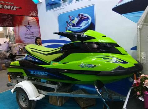 Water Scooter Fuel Consumption by Sanjiang Sanj 1800cc 4 Stroke Wave Boat Jet Ski Factory