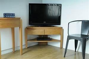 Deco Meuble Design : meuble d 39 angle tv id es d 39 am nagement int rieur ~ Teatrodelosmanantiales.com Idées de Décoration