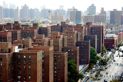 Stuyvesant Town A Symbol Of The Downturn Is Rising In