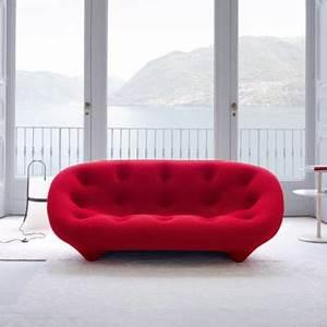 canape ploum rouge ligne roset catalogue printemps listes With tapis de marche avec canapé ligne roset prix