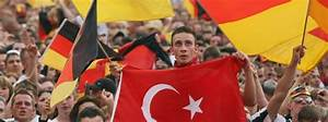 Not at Home in Germany: Almost Half of Turkish Migrants ...