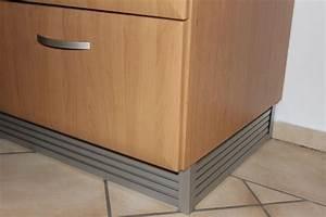 Küche Sockelleiste Eckverbindung : eckabschluss k chensockel silber ceres webshop ~ Eleganceandgraceweddings.com Haus und Dekorationen