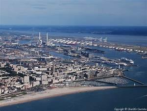 Port de plaisance et port de commerce du Havre : vue