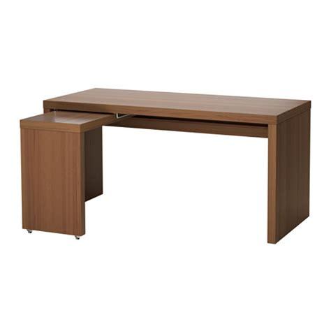 bureau avec tablette coulissante malm bureau avec tablette coulissante teinté brun plaqué