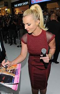 Britney Spears wears Tadashi Shoji at 'The Intimate ...