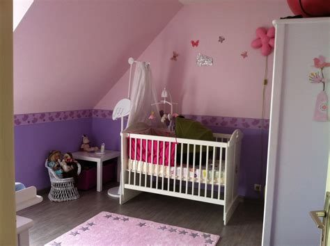 chambre bébé violet chambre mauve bebe